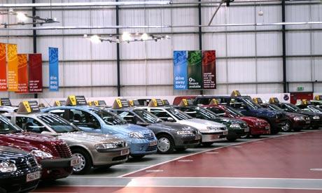car-showroom-001
