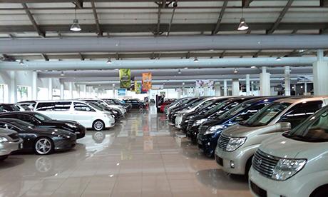 car-showroom-001hhhhh